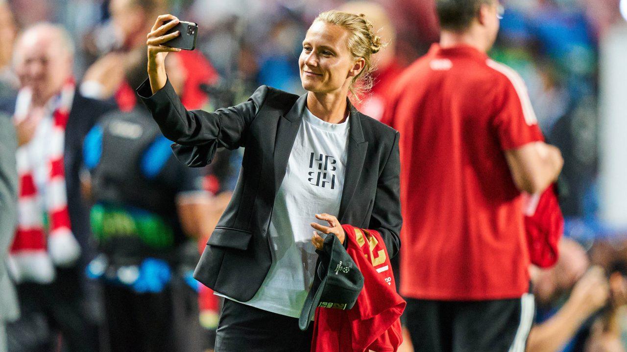 Fc Bayern Teammanagerin