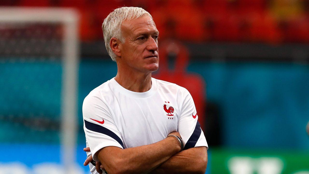 Trotz EURO-Scheitern: Deschamps soll Frankreich-Coach bleiben